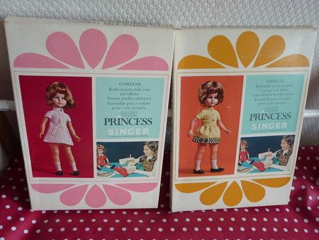 boites de poupées Singer
