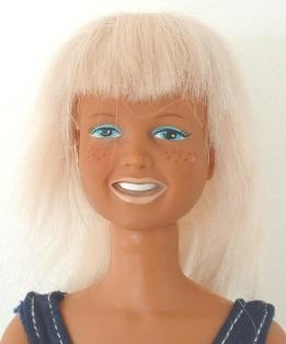 Visage de la poupée Dusty de Kenner